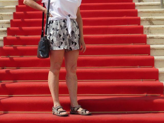 Cannes, punainen matto, sandaalit