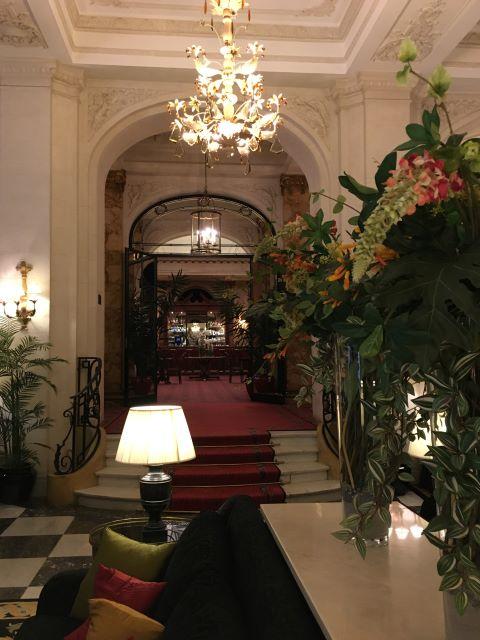 Kulkusalla, Le Hotel Plaza