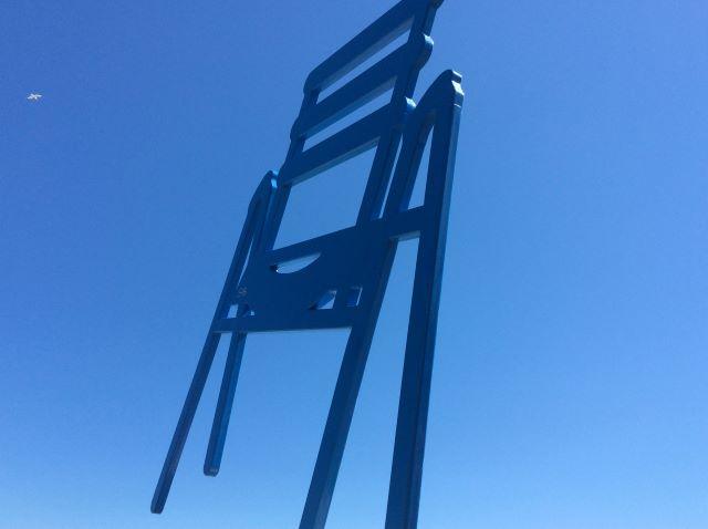 kulkusalla, Nizza, La chaise bleue, miehen matkassa