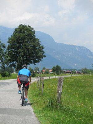 Zell am See, patikointia, pyöräilyä